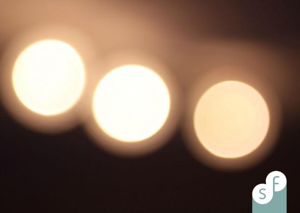 3 lampen die onscherp zijn